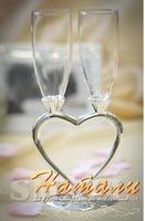 Свадебные бокалы   на металлической ножке..