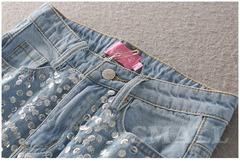 Шорты женские джинсовые молодежные с пайетками